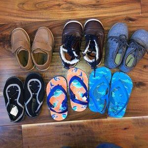 Other - Size 6/7 shoe bundle. Like new